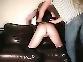 Amateur Spanking Of Dutch Housew...
