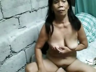 My Filipina Asian cougar wife gets naked...