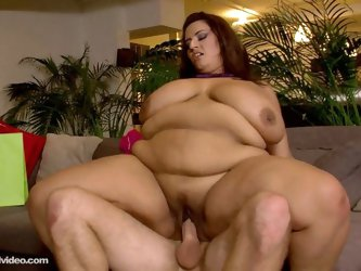Bbw sofia rose gets gets banged hard