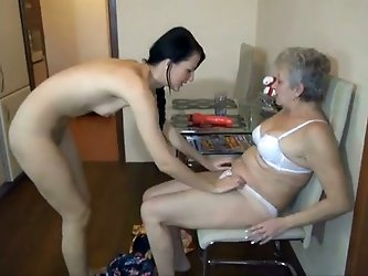 This horny old lesbian woman knows how to...